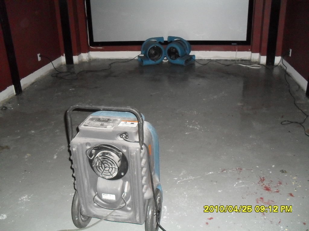 Water & Flood Damage Restoration Services & Equipment, Water Damage Cleanup, Canada's Restoration Services, Water Damage Equipment